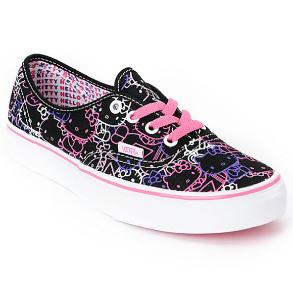 4e09070bc5 Vans Hello Kitty Passion Flower Pink Shoes. M 5a6bff062c705d595022118c